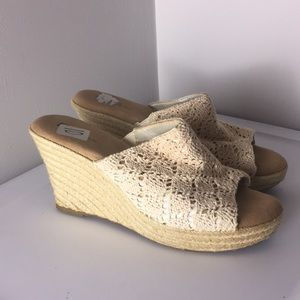 White mountain 10 white lace espadrilles clogs